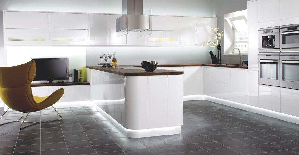 Современная кухонная мебель 2019